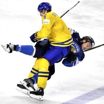 Anton Strålman Mikko Rantanen taklaus