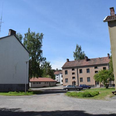 Mäntymäen asuinkerrostaloja vuodelta 1945