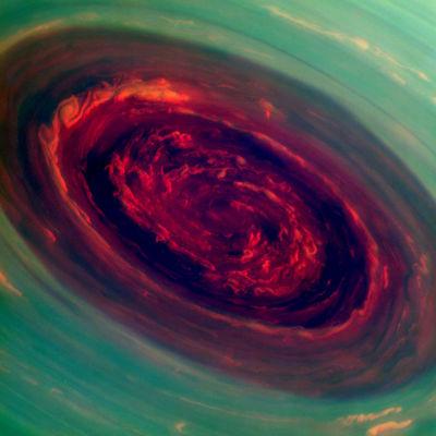 Den här bilden av planeten Saturnus har Cassini skickat till jorden.