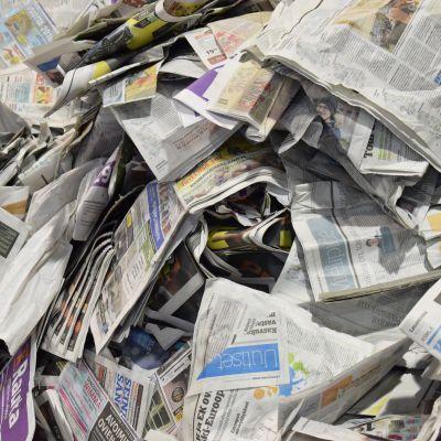 Sanomalehtiä.