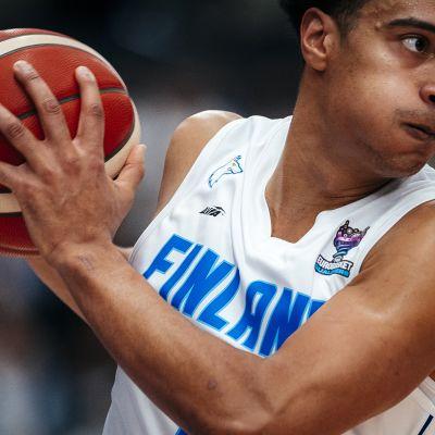 Shawn Huff Serbia-peli 2020 Espoo