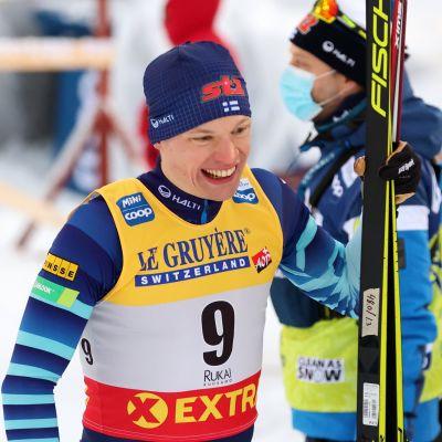 Iivo Niskanen perui viime tipassa osallistumisensa arvostetulle Tour de Ski -kiertueelle.