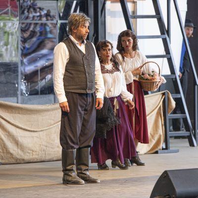Teatterintekijät pääsivät vihdoin yleisön eteen