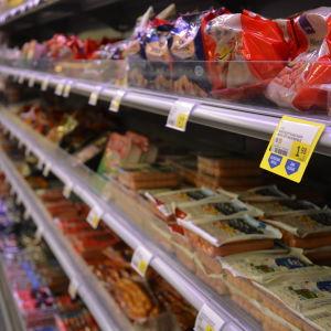 Mathylla i S-market i Ekenäs.