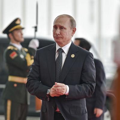 Både Vladimir Putin och Barack Obama vill fortsätta förhandlingsprocessen trots att utsikterna att nå hållbara eldupphör i Syrien verkar små