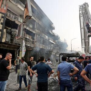 Morgonen efter en dödlig självmordsattack i Karrada, Bagdad 3.7.2016