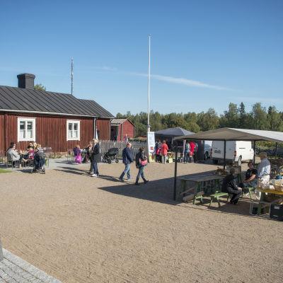 Skördemarknaden vid Rosenlunds prästgård