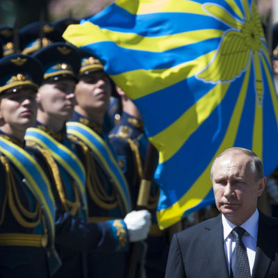 President Putin under kransnedläggningen till minnet av nazisternas invasion av Sovjetunionen i Kreml idag 22.6.2016
