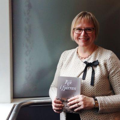 Debuterande författaren Mikaela Nykvist.