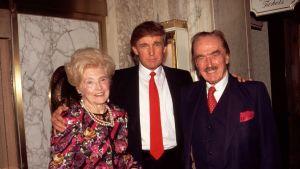 Donald Trump med sina föräldrar Mary Anne MacLeod och Fred Trump 1994.