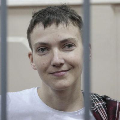 Den ukrainska stridspiloten Nadija Savtjenko den 26 mars 2015.