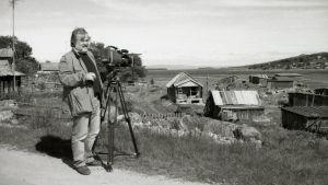 Kuninkaan punikit -dokumentin ohjaaja Seppo Rustanius Murmanskissa.