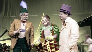 Sirkus Papukaijan fakiiri Kronblom, Onni-klovni ja sirkustirehtööri Orvo Kontio 1963.