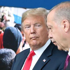 USA:s president Donald Trump och Turkiets president Recep Tayyip Erdoğan i Nato-högkvarteret i Bryssel under ett möte i juli i fjol (2018).