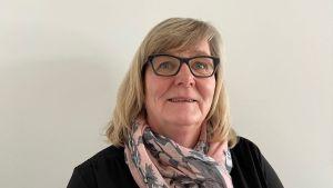Raseborgs social- och hälsovårdsdirektör Benita Öberg vill inte kommentera något fall.