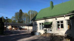 Skolbyggnader i Rödskog.