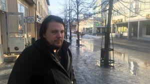 Lucas Skrabb på Gågatan i Jakobstad