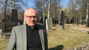 Kyrkoherde Bo-Göran Åstrand i Jakobstad