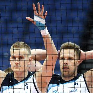 Sauli Sinkkonen och Urpo Sivula var med om tog en enkel seger över Slovakien.