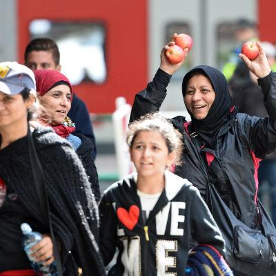 Flyktingar från Syrien anländer till München