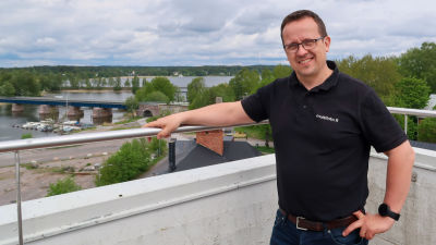 Porträtt på producenten Johan Ljungqvist.