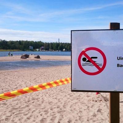 Vaasan Hietasaaren uimaranta on uintikiellossa.