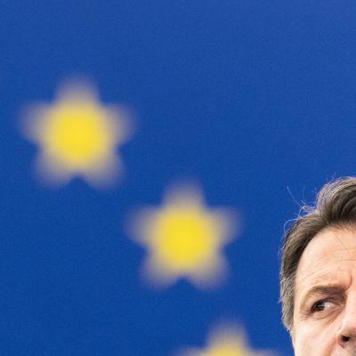 Italian pääministeri Giuseppe Conte puhui Euroopan parlamentin täysistunnossa.