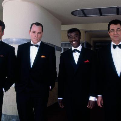 Angus Macfadyen, Ray Liotta, Don Cheadle ja Joe Mantegna ovat Peter Lawford, Frank Sinatra, Sammy Davis Jr. ja Dean Martin