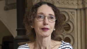 US writer and editor Joyce Carol Oates looks on during the presentation of the Spanish edition of her latest book entitled 'Ave del Paraíso' (Little Bird of Heaven) in Barcelona, northeastern Spain, 31 August 2010.