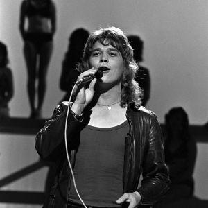 Markku Aro esiintyy 1972.