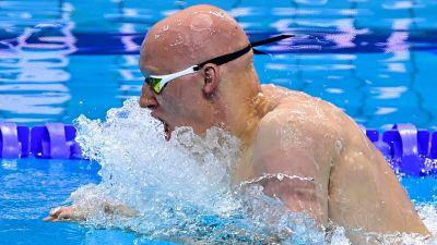 Matti Mattsson simmar.