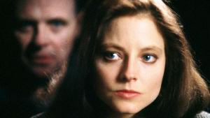 Kuvassa tohtori Hannibal Lecter (Anthony Hopkins) ja Clarice Starling (Jodie Foster)