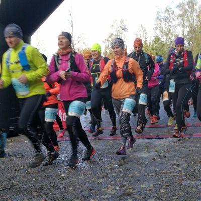 Vaarojen maratonin lyhyen matkan lähtö 2018.