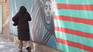 Väggmålningar utanför den ockuperade amerikanska ambassaden.