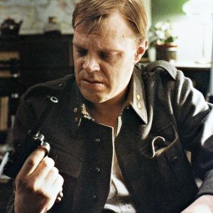 Vesa-Matti Loiri Jaakko Pakkasvirran elokuvassa Pedon merkki (1981).