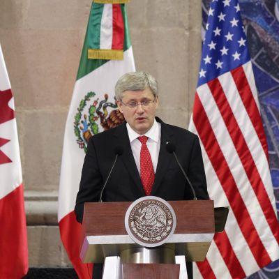 Stehpen Harper vid det nordamerikanska toppmötet i Toluca i Mexiko den 19 februari 2014