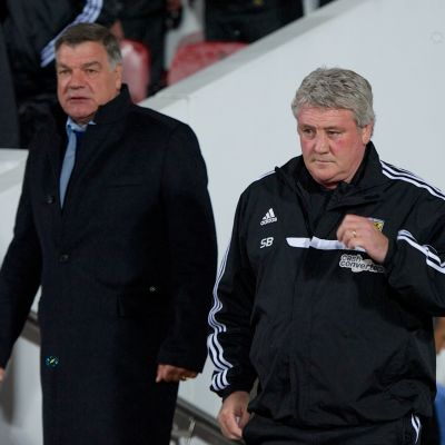 Engelska fotbollsförbundets val uppges ha fallit på Sam Allardyce till vänster. Konkurrenten Steve Bruce till höger.