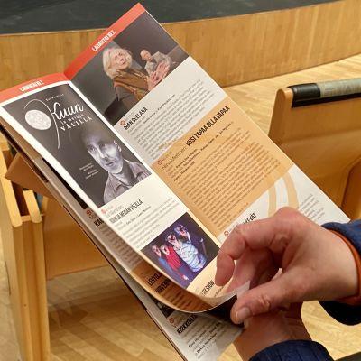 Kajaanin runoviikon esite kesälle 2021 on valmis.