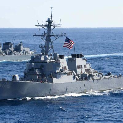 USS John S. McCain kolliderade nyligen utanför Singapore då det återvände från en patrull i Sydkinesiska havet