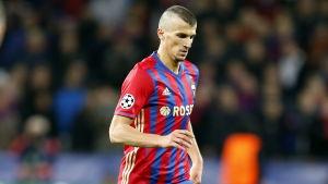 Roman Eremenko har inte spelat fotboll på nio månader.