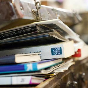 Kirjoja matkalaukussa