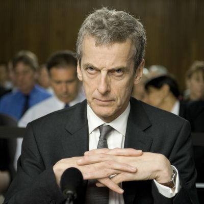 Peter Capaldi sarjassa Politiikan nappula