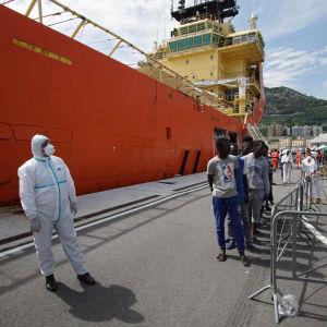 Det norska fartyget Siem Pilot efter en räddningsaktion i maj 2016, Salerno i södra Italien
