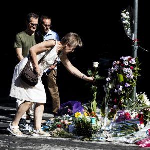 Minnesplats för polis i Rom som knivhöggs av två amerikanska turister.