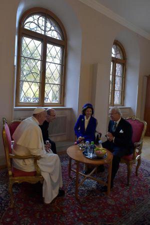 Påven och det svenska kungaparet träffades i Lund.