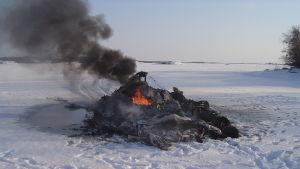 Svävaren Gepard brinner 7.3.2006
