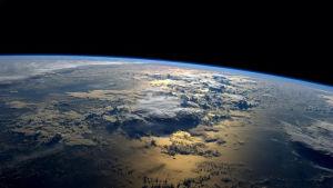 Bild på jorden taget från den internationella rymdstationen ISS