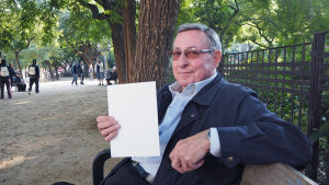 Anonym pensionär i Barcelona håller på valhemligheten.