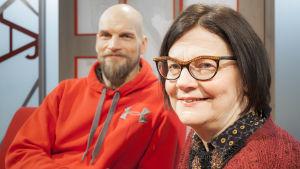 Toimittaja Mikko Penttilä ja lastenlääkäri Marketta Dalla Valle