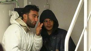 Mohammed Ali Malek och Mahmud Bikhit strax innan de greps 20.4.2015